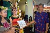 Pemkab ajak masyarakat lebih mencintai seni budaya daerah Kapuas