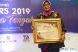 Direktur Polimarin raih penghargaan PWI