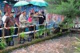 Warga Kampung Dukuh Yogyakarta sulap selokan menjadi kolam ikan