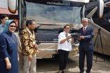 Indonesia pertama kalinya ekspor bus eksekutif ke Bangladesh