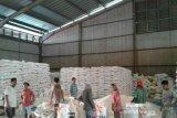 Bulog pastikan stok beras di Sumsel mencukupi menjelang Ramadhan