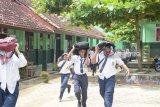 Kades Hanura Apresiasi Simulasi Bencana Ke Pelajar Sekolah
