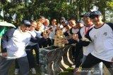 Foto bersama beberapa peserta acara BUMN Human Capital Managemen Great Leader Camp yang semangat mengikuti sesi Team Building (Senam dan Games) di Megamendung, Kabupaten Bogor, Jawa Barat, Selasa (26/3/19).   (Megapolitan.Antaranews.Com/Foto: Istimewa).