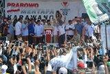 Kampanye di Karawang, Prabowo nyatakan sudah menjadi milik dan alat rakyat