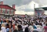 Puluhan ribu pendukung Prabowo-Sandi di Palembang ikuti jalan sehat ukhuwah