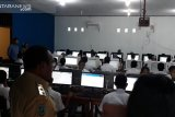Ombudsman temukan sekolah pinjam komputer siswa untuk UNBK di Siak