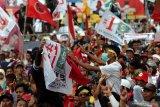 Kampanye Jokowi di Tegal disambut hujan deras
