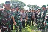 Panglima TNI dan Kapolri hadiri Apel Pengamanan Pemilu di Karanganyar