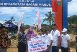 BRI salurkan bantuan sarana pendukung pariwisata di  Mandeh (video)