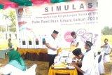 Simulasi pemilihan dan pemungutan surat suara oleh KPU Waykanan