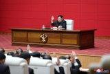 Kim Jong Un mengawal uji coba senjata taktis baru