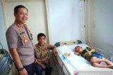 Bocah asal Nias ini diterbangkan ke Medan karena menelan uang koin