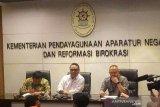 Menpan RB Syafruddin minta ASN tak masuk hiruk pikuk opini politik