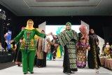Dekranasda Sulsel  ajak warga ramaikan Festival Sarung