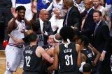 Nets mengincar rekrut Durant, Irving dan DeAndre Jordan