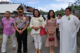 Kapolda Sulut Paskah bersama umat Paroki BHKY Rumengkor