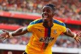 Crystal Palace tidak berniat jual Wilfried Zaha
