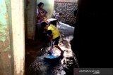 Air masih genangi sebagian wilayah Kampung Melayu