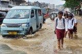 Banjir rendam Kampung Melayu