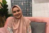 Kiat padu padan busana Ramadhan dari Perancang busana Muslim Ria Miranda