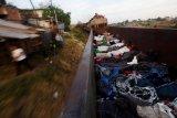 Ratusan migran menuju Amerika Serikat gunakan kereta barang di Meksiko