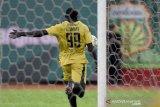 Herman Dzumafo jadi mesin gol berbahaya di Indonesia