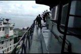 KRI Tjiptadi--381 benturan dengan kapal perikanan Vietnam