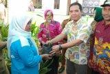 GGP bagikan 200 bibit durian