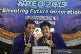 Tim debat bahasa inggris PCR raih harapan satu pada NPEO 2019