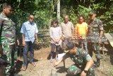 Korem 044/Garuda Dempo bangun jamban untuk masyarakat kurang mampu