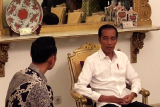 AHY ngobrol dengan Jokowi di ruang kerja Presiden