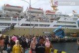 Penumpang Pelni di Pelabuhan Baubau mulai membludak