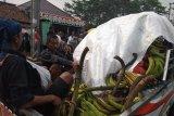 Pisang hasil pertanian akan diserahkan kepada bupati sebagai bukti kecintaan kepada kepala daerah