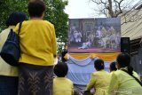 Rakyat saksikan prosesi penobatan Raja Thailand Maha Vajiralongkorn