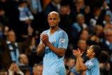 Guardiola kesulitan cari pengganti Vincent Kompany