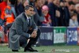 Pelatih Barcelona di ujung tanduk karena dipecundangi Valencia 1-2