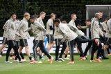 Liga Champions - Pura-pura sakit demi Ajax, pemain Belanda dipecat