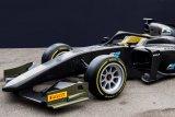 Mobil Formula 2  menggunakan ban 18 inci pada 2020
