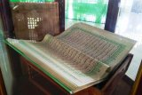 Koleksi Alquran akbar di Masjid Biak jadi objek ngabuburit Ramadhan