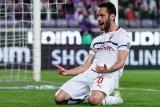 Gol Calhanoglu antarkan Milan menang dari Fiorentina