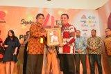 Devo Khaddafi raih penghargaan sebagai 50 Public Relations