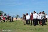 Jokowi pays visit Kutuh sports tourism village in Bali
