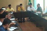 Pansus DPRD : Embarkasi Padang penerima