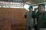TNI Bersihkan Kompleks Candi Padang Roco Dharmasraya