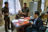 Kejari Padang terima uang pengganti terpidana korupsi Dinas Peternakan