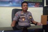 Ratusan polisi siaga di KPU Sulawesi Tengah.