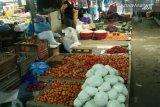 Jamin ketersediaan sembako, Bulog Sultra buka gerai di sejumlah pasar tradisional