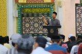 Wagub Sulsel bawakan kultum subuh di Masjid Agung Darussalam Soppeng