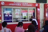 Animo masyarakat membeli tiket kapal Pelni di Makassar tinggi