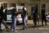 Polisi Prancis menembak mati pria yang mengancamnya dengan pisau